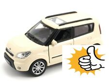 Creme Kia Soul South Korea Modellauto model car Welly diecast scale 1:36 boxed