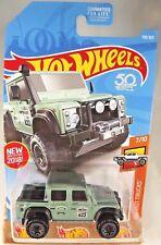 2018 Hot Wheels #158 HW Hot Trucks 7/10 '15 LAND ROVER DEFENDER DOUBLE CAB Teal