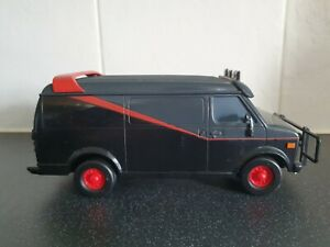 THE A-TEAM VAN 1:24 DIECAST MODEL DIRTY BULLET HOLES VERSION spares and repairs
