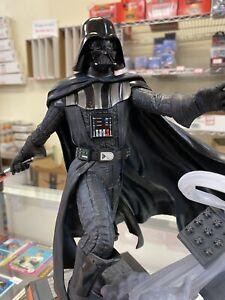 Star Wars Darth Vader PVC Diorama Diamond Select Gentle Giant Disney Exclusive