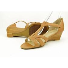 Sandali e scarpe Adrienne Vittadini con tacco medio (3,9-7 cm) per il mare da donna