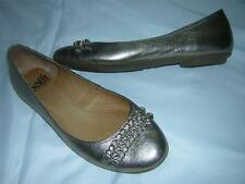 SOFFT Double Metal Chain Accented Flats Shoes Gold Women's sz 5 M