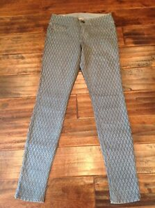 True Religion Gray Jeans With Diamond Printed Pattern, Size 24