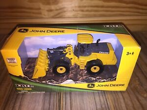ERTL John Deere Wheel Loader Die-Cast Model 37013 2007 New In Box!!