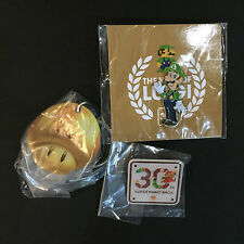 Super Mario 30th Year of Luigi Pin-Badge and Keychain Set