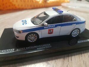 MITSUBISHI LANCER POLICE DE MOSCOU RUSSIE GENDARMERIE  ECHELLE 1/43 VITESSE