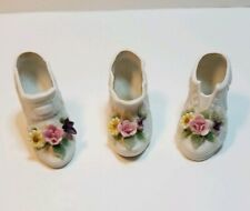Pre-Owned Lot of 3 Miniature Vintage Ceramic Spring Shoe by Lego JAPAN