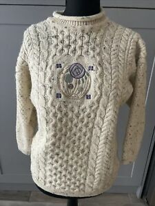 Highland Home Industries Pure New Wool Aran Sweater Jumper VINTAGE Small
