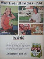 1965 Diet-Rite Sugar Free Cola Soda Carton Bottles Everybody Drinking Origina Ad