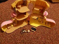 Teeny Weeny Families Vivid Imaginations Owl High School Boot 1995 mini Play set