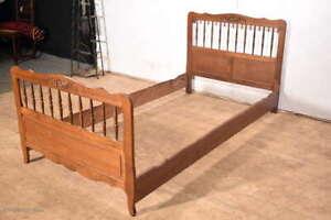 Elegantes Einzelbett Jugendbett Gästebett Single Bett mit Lattenrost massiv Holz