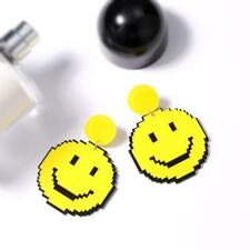 Wholesale Fashion Jewelry Plastic Acrylic Laser Cut Smiley Face Earrings BR