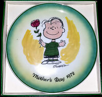VINTAGE  SCHMID Charles Schulz 1972 MOTHER'S DAY COLLECTORS PLATE PEANUTS
