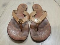 TORY BURCH Brown LEATHER Gold Medallion LOGO SZ 9 M THONG SANDALS FLIP FLOPS