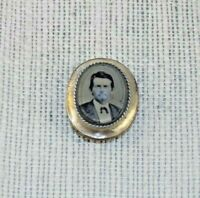 Civil War Era ANTIQUE GOLD FILLED MOURNING BROOCH w/ MAN'S PHOTO