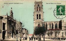 CPA  Pont-Saint-Esprit - Place de l'Église et les Pénitents   (459202)