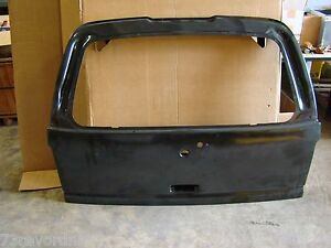 GM 15766760 Tailgate Lift Gate GMC Tahoe Chevy Suburban Escalade 2001 - 2006 NEW