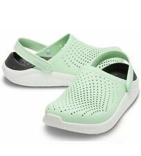 Crocs LiteRide Clogs Green Womens Size 7/ Mens Size 5