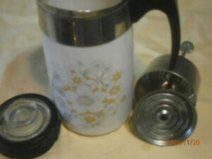 CORELLE COFFEE POT - NO CORD