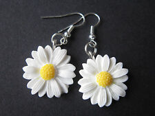 Drop / Dangle Earrings - White Daisies - Daisy Flowers - Silver Plated