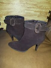 Women's Bandolino Brown Suede Boots Size 6.5M