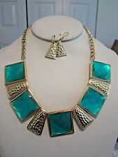Aqua Blue Square Lucite Bead Hammered Gold Tone Base Necklace Earring Set