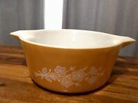 Vintage 1979-81 Pyrex 475B 2.5L Yellow Flower Casserole Dish, Clean!