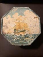 Biscuit Tin Loose-Wiles Columbus Boat Litho 1492 Nina Santa Maria Pinta Vintage