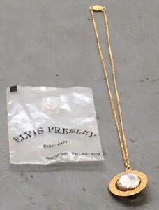 """Vintage Elvis Presley Box Car Picture Necklace 17"""" Chain NOS"""