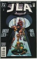 JLA 1997 series # 8 very fine comic book