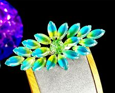 LOVELY VINTAGE SILVER-TONE AQUA YELLOW BICOLOR GLASS RHINESTONE STARBURST BROOCH