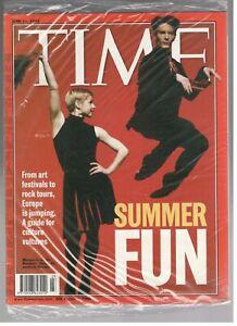 Nouveau Sealed Time Magazine Juin 11, 2001 Summer Fun Rambert Dance Company Coq