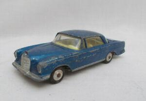 Vintage Corgi Toys 253 Mercedes-Benz 220 SE Coupe Car - Made In Gt Britain