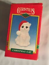 Holiday 1995 magic creations Christmas Annual Santa Hat Cat Collectible Statue