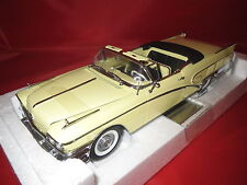 Sun Star  4811  (1958)  Buick Limited Open Convertible  (Casino Cream) 1:18  OVP