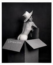 """""""DAS GESCHENK"""" NACKTES MODELL IM KARTON * 60s US Professional Vintage """"L"""""""