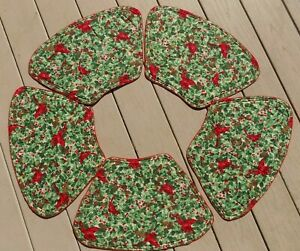 Set of 5 Christmas Wedge Cloth Placements Cardinals Holly Reversible