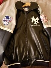 G-III Sports by Carl Banks New York Yankees Navy Heavy Hitter Varsity Jacket