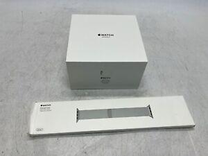 Apple Watch Series 3 38mm Silver Aluminum GPS + Cellular & Silver Milanese Loop