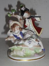 Statuette ancienne en porcelaine de Sitzendorf.Saxe.