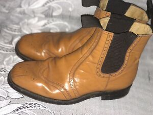 GB THE COUNTRY COLLECTION TAN LEATHER BROGUE BOOTS - Uk 11
