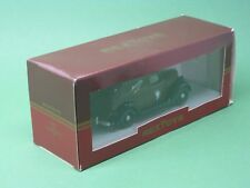 Ford V8 Typ 45 Fourgonette Michelin mit Figur Kombi Sedan 1935 Rextoys 1:43