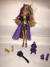 Monster High 13 Wishes Clawdeen Wolf with Lantern, 3 Pairs Of Shoes & Brush.