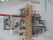 Military Figures + Other Military Parts scale unknown(parts only) Package #1730
