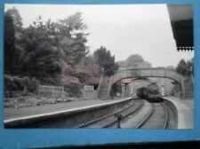 PHOTO  CHIPPING NORTON RAILWAY STATION 5/49 WITH A 63XX ENTERING ON A FREIGHT