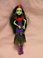 MONSTER HIGH - CASTA FIERCE Doll w/Dress Boots Bracelet Neck/Shoulder Piece EUC
