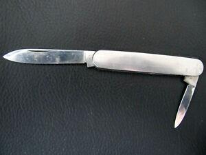 """Altes Taschenmesser """"GML"""", zwei Klingen, fein zisilierte Edelstahl-Griffschalen"""