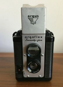 Argus Argoflex Seventy Five Camera from 1952 - takes 620 Roll Film