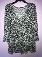 Plus Size Women's Apt. 9 Blue White Geometric Blouse V-neck Top 1X Rayon Shirt