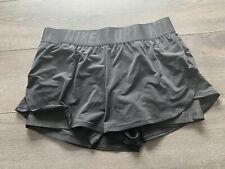 Women's Tennis Shorts NikeCourt Advantage DriFit Black Size Large